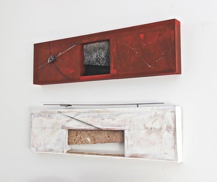 Sestante 2016, pietra carparo, acrilici e ferro su legno, cm 60 x 84