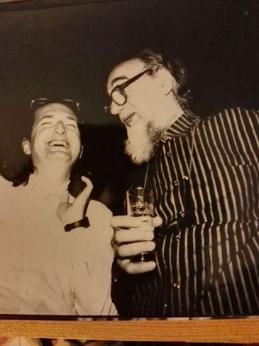 1988. Con Emilio Vedova, tra conversazioni e allegria.