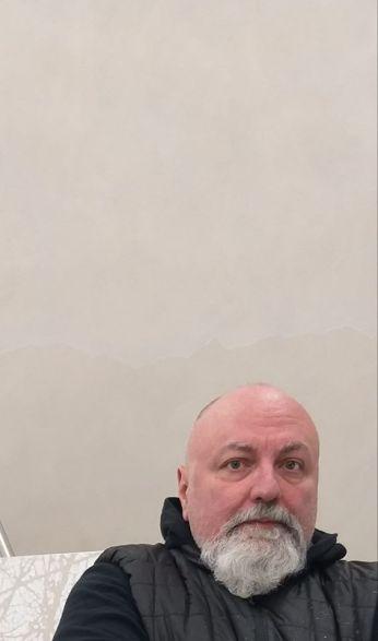 Luca Pancrazzi in studio a milano 2018